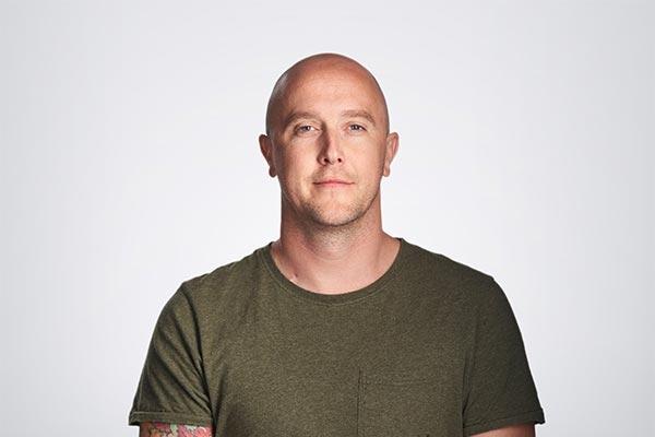 Jonny's Story - About Bowel Cancer